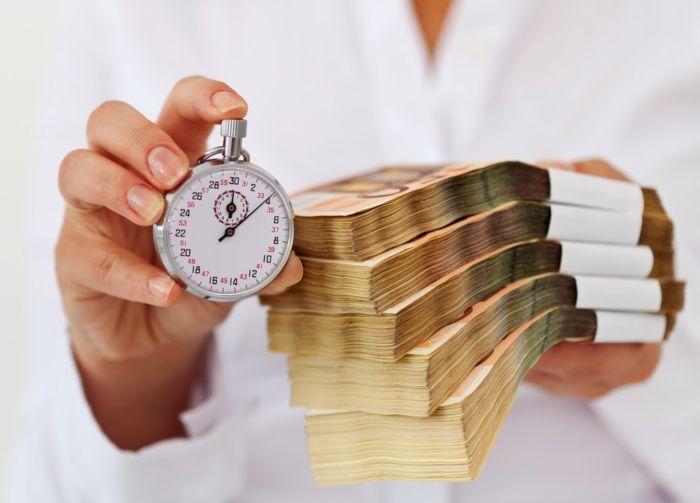 Что выгоднее - взять автокредит или потребительский кредит