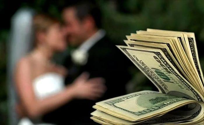 Кто платит за свадьбу