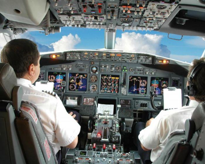 К чему снится лететь в самолете
