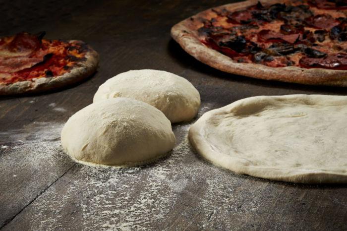 Как сделать тесто для пиццы без дрожжей
