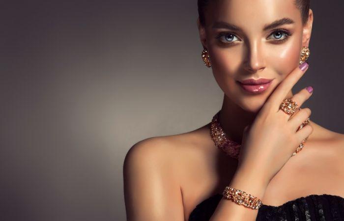 Особенности и преимущества золотых украшений