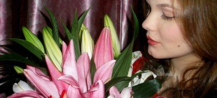 Почему женщины любят цветы