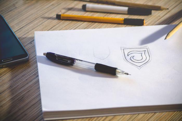 Печать логотипа фирмы на сувенирах