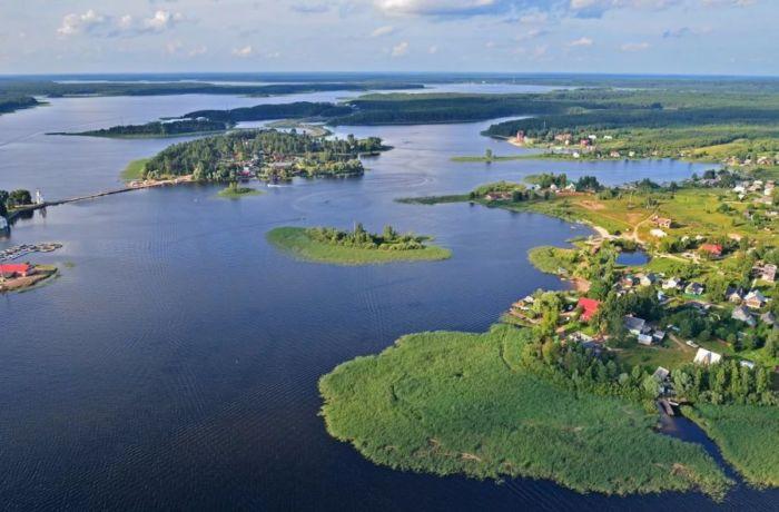 Где находится озеро Селигер