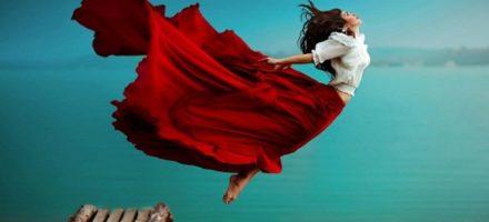 К чему снится летать во сне женщине