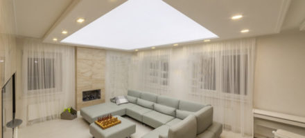 Стоит ли делать световой натяжной потолок и почему такие потолки являются популярными