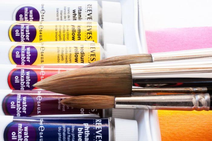 Чем отличаются профессиональные краски для волос от непрофессиональных