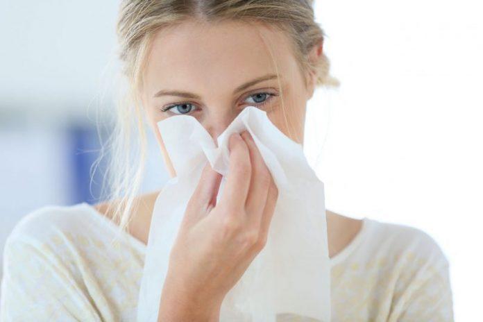 Чем лечить насморк у взрослых