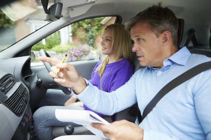 Как выбрать автоинструктора