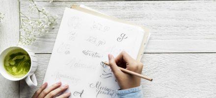 Как научиться красиво писать ручкой