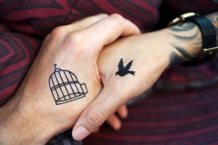 Как сделать татуировку в домашних условиях