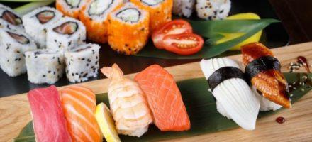 Где в СП можно заказать суши с бесплатной доставкой — обзор заведений