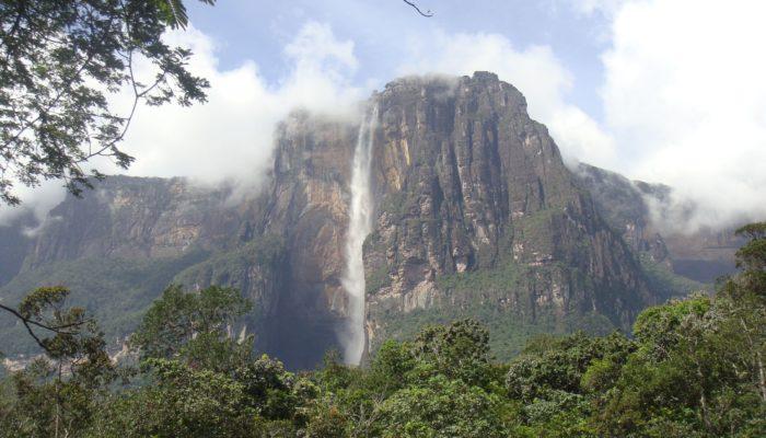Где находится водопад Анхель