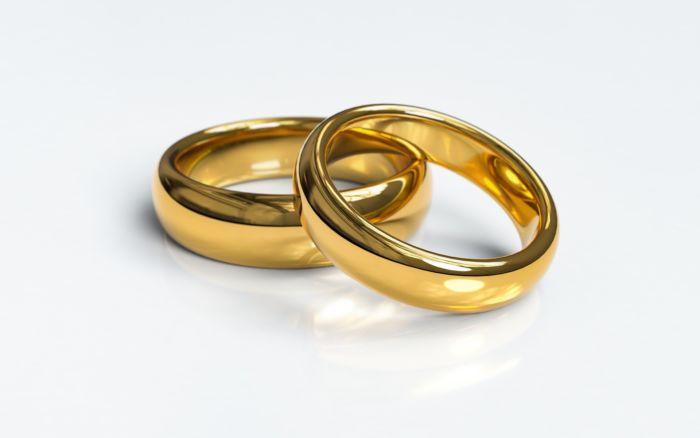 Что такое парные обручальные кольца на заказ